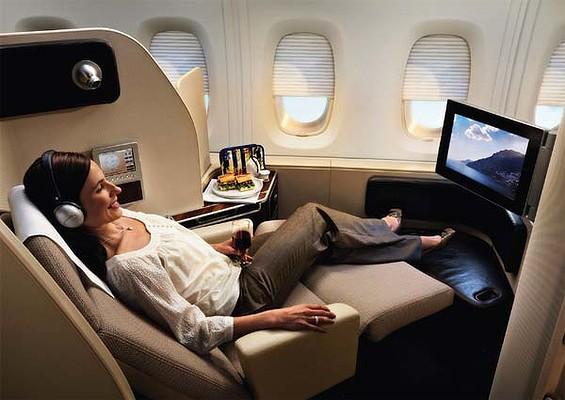 http://www.snowsbest.com/wp-content/uploads/2014/09/Qantas-A380-first-class-600x400.jpg