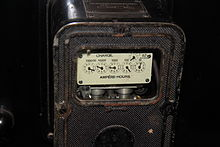 https://upload.wikimedia.org/wikipedia/commons/thumb/2/2d/DC_Electric_Meter.JPG/220px-DC_Electric_Meter.JPG