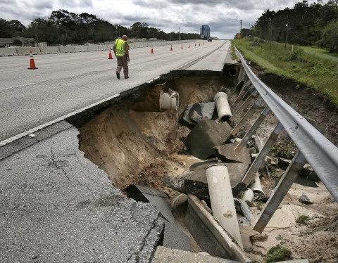 https://img.washingtonpost.com/wp-apps/imrs.php?src=https://img.washingtonpost.com/rf/image_960w/2010-2019/Wires/Images/2017-09-11/AP/Hurricane_Irma_29758-52d6c.jpg&w=480
